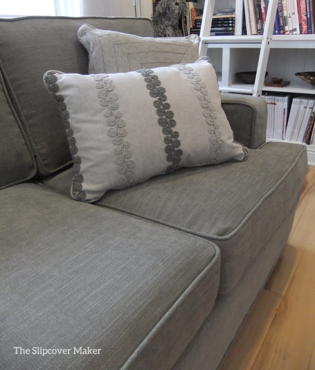 Slipcover in PB Performance Tweed