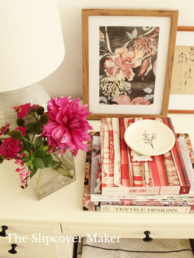 Pink Accents for Brown Slipcover